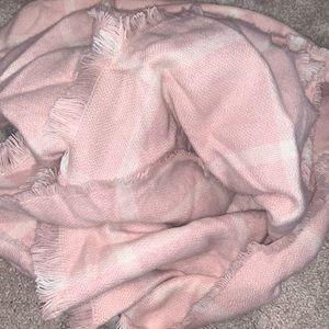 Loft pink blanket scarf